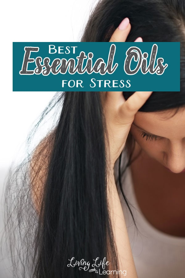 While there are many different ways to deal with stress, essential oils can be an easy, natural remedy. Let's take a closer look at the best essential oils for stress.