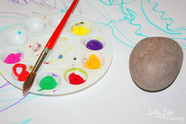 We decided on painting rocks. We went outside to hunt for some pretty fist-sized rocks that are smooth. Here are some wonderful and fun crafts for kids.