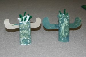 Create your own cactus craft while your learn about the desert and build your own desert lapbook