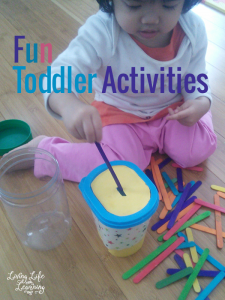 Who needs a list of fun toddler activities to keep your little one occupied? You can find many things from around your home for many of these activities