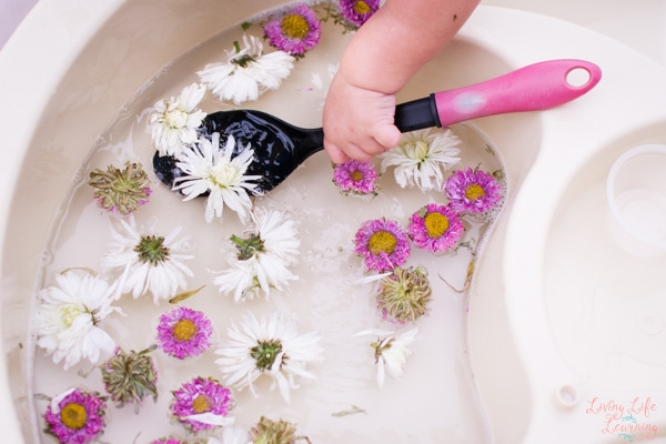 Easy Spring Sensory Activities for kids
