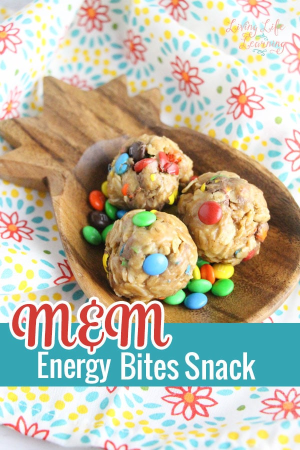A fun and easy snack to add delight to your child's afternoon, these M&M Energy Bites Snack won't take the whole afternoon and are amazing.