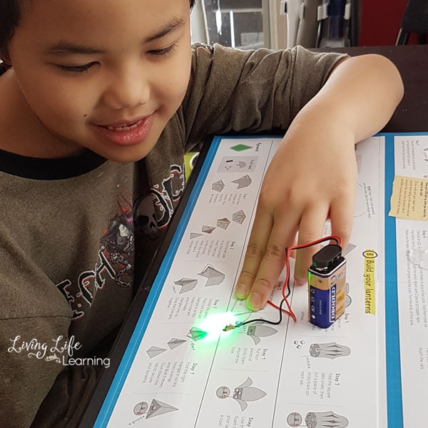 a wonderful science experiment for kids to learn about circuits for kids
