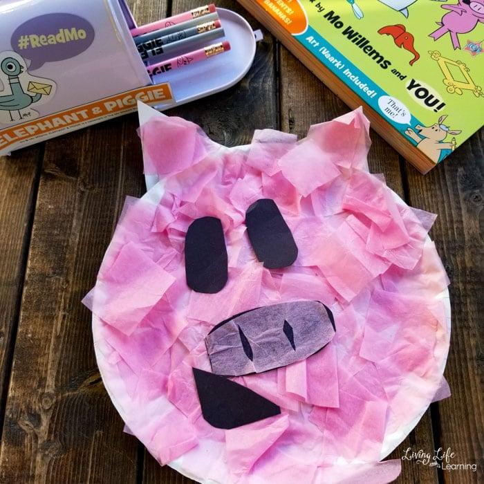 Mo Willems' Paper Plate Piggie Craft