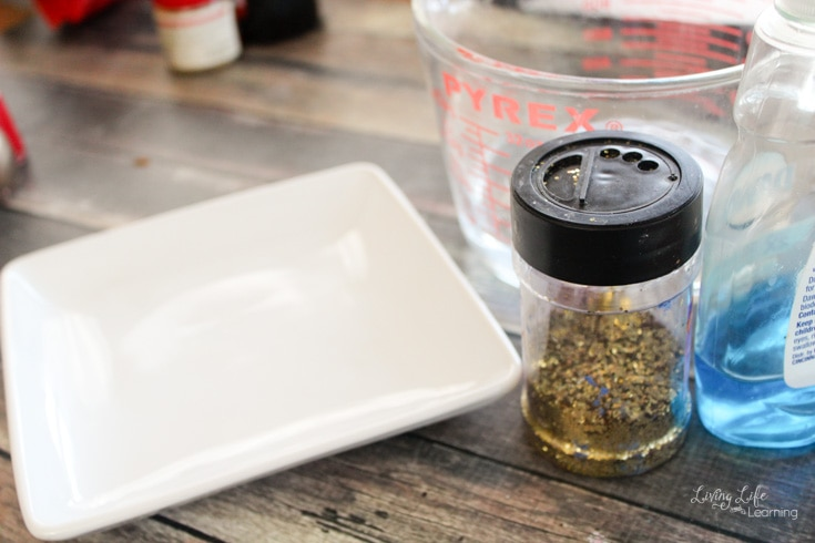 Glitter Germ science experiment your kids can try to show the importance of using soap while washing germs away.