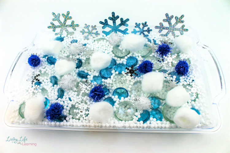 Easy Polar Bear Sensory Bin supplies